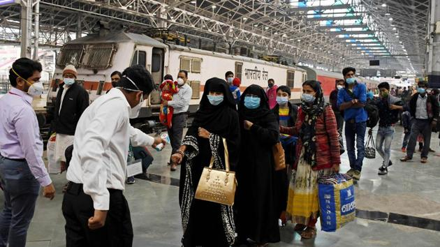 Passengers undergo thermal screening in the wake of Covid-19 outbreak, at Mumbai Central station.(ANI Photo)