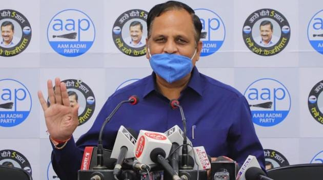 Delhi health minister Satyendar Jain on Wednesday urged people of the national capital to take a vow to bring down the pollution levels.(HT photo)