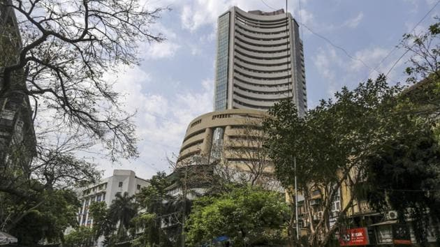 The Bombay Stock Exchange (BSE) executed delivery of gold and silver to the tune of Rs 1 crore in the 'options in goods' framework, marking the sixth consecutive month of delivery.(Bloomberg)