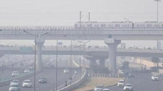 """There is a possibility of the air quality reaching the """"severe"""" category between December 4 and December 7.(ANI)"""