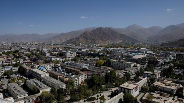 An overview shows Lhasa from Potala Palace, during a government-organised tour of the Tibet Autonomous Region, China, October 15, 2020. REUTERS/Thomas Peter(REUTERS)