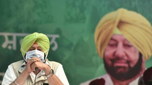 Punjab chief minister Captain Amarinder Singh participates in a protest against the recent farm reform bills, at Jantar Mantar in New Delhi earlier, on November 4.(File photo)