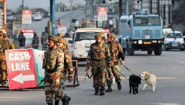 File photo: Security officials after the encounter in which four suspected Jaish-e-mohammad terrorists were killed by security forces after they were found hiding in a truck on Srinagar National Highway near Nagrota in Jammu and Kashmir.(HT Photo)