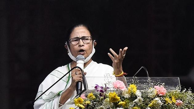 Mamata Banerjee also claimed that the Centre has not given the state its dues for Amphan relief and Covid-19 care.(PTI)