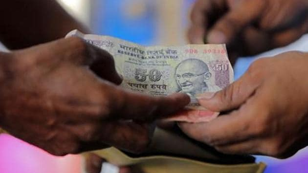 On Thursday, the rupee had settled at 73.93 against the American currency.(Reuters)