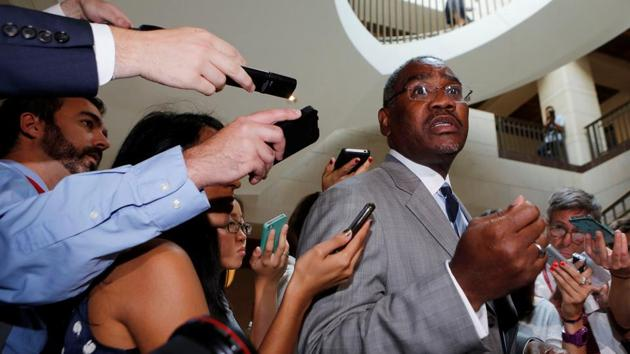US Representative Gregory Meeks speaks to the media as he departs a classified intelligence briefing with other members of Congress on the crisis in Syria on Capitol Hill in Washington, DC September 5, 2013.(REUTERS/ FILE)