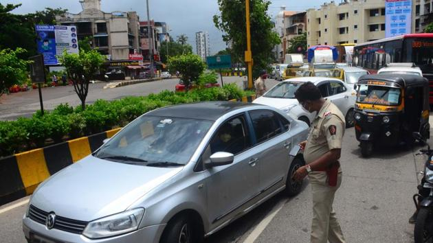 The e-challan collection was started from high-end car owners who were unaware about the fine on their cars.(HT pic for representation)