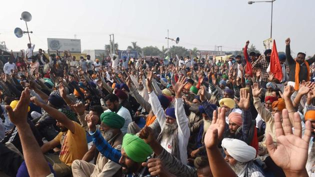 Thousands of farmers from Punjab have massed on Delhi's borders to protest against the Centre's new agricultural laws.(Vipin Kumar/HT Photo)