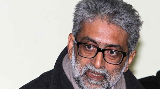 Gautam Navlakha's family members on Monday claimed that his spectacles were stolen on November 27 inside the Taloja prison, where he is lodged(Waseem Andrabi/ Hindustan Times)
