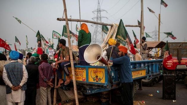 The farmers have given a call for bandh as a part of their ongoing protest demanding revocation of three new farm laws.(Reuters Photo)