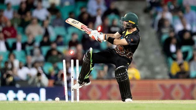 Glenn Maxwell is bowled.(Getty Images)