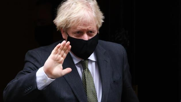 Boris Johnson, U.K. prime minister, departs from number 10 Downing Street to attend a weekly questions and answers session in Parliament in London, U.K., on Wednesday, Dec. 9, 2020.(Bloomberg photo)
