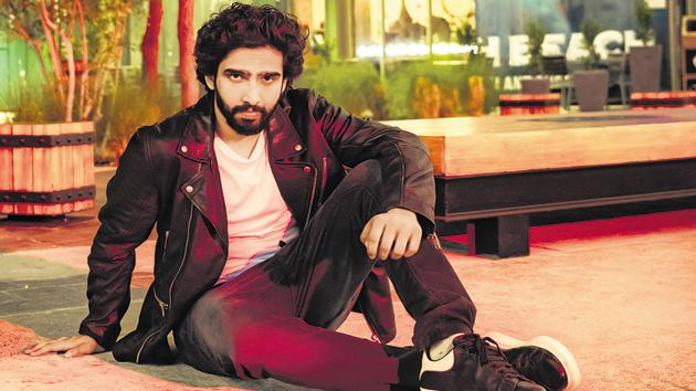 """Amaal Mallik tries to """"sweat it out"""" twice in a day."""