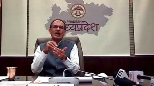 Shivraj Singh Chouhan has instructed officials to show no leniency to drug traffickers in the states.(HT Photo)