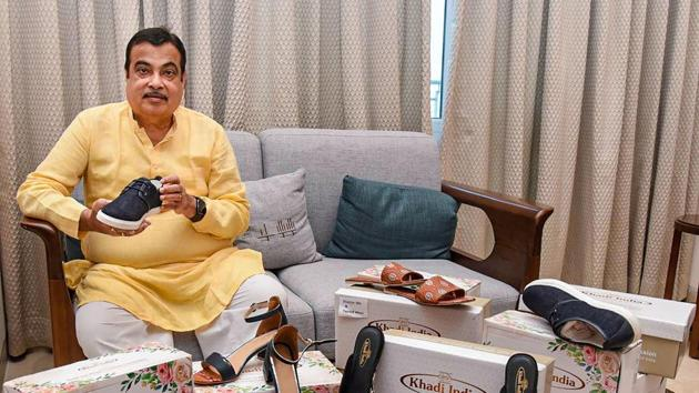 Union Minister for MSME Nitin Gadkari takes a look at high quality Khadi fabric footwear, designed by Khadi and Village Industries Commission (KVIC).(PTI/ File photo)