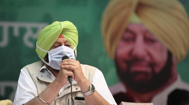 """He further alleged that Kejriwal and his party are """"busy playing politics"""" while farmers are sitting outside the national capital for the past 17 days to seek justice.(Sanchit Khanna/HT Photo)"""