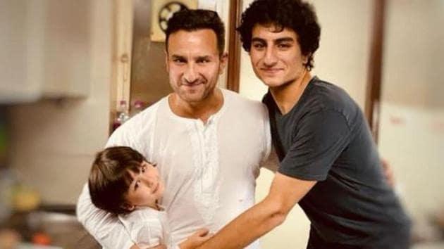 Saif Ali Khan poses with his sons, Ibrahim and Taimur Ali Khan.