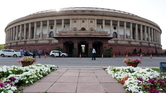 To show their commitment to citizens in these times of distress, India's parliamentarians owe it to the country to get to work(Arvind Yadav/HT PHOTO)