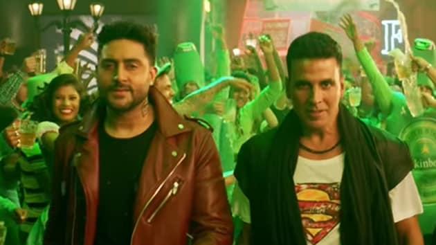 Akshay Kumar and Abhishek Bachchan in a still from Housefull 3.