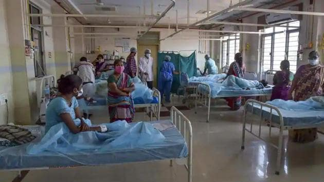 A ward at a hospital in Vijayawada where patients from Eluru were admitted for treatment after they suffered from mystery illness.(PTI)