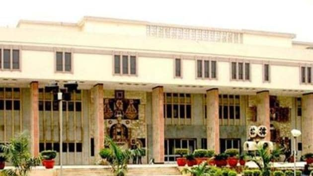 The bench of Justice DN Patel and Justice Prateek Jalan after hearing the submission of petitioner's Advocate Ritwick Dutta, issued notice to the respondents and slated the matter for January 22, 2021.(File Photo)