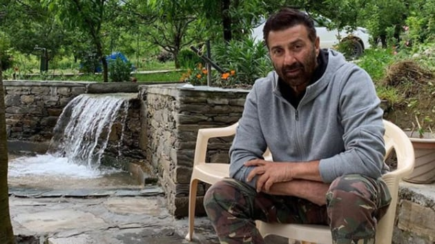 Sunny Deol had tweeted in favour of the new farm laws.