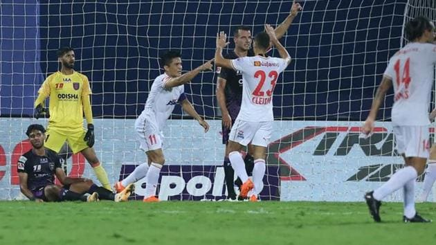 Sunil Chhetri gives Bengaluru FC the lead.(Image Courtesy: ISL)
