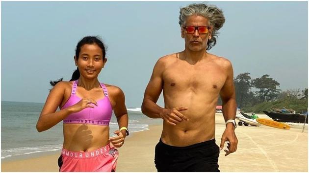 Milind and Ankita share throwback beach videos(Instagram/ankita_earthy)