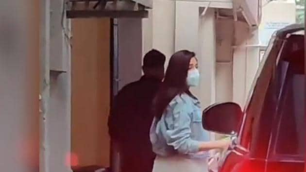 Anushka Sharma was spotted in Mumbai on Thursday.(Varinder Chawla)