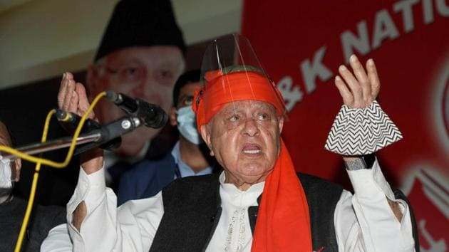 The ED on Saturday attached residential and commercial properties worth nearly Rs 12 crore of former Jammu and Kashmir chief minister Abdullah in a case of alleged money laundering.(PTI file photo)
