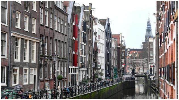 Netherlands ban flights from UK after detecting new coronavirus strain(Reuters)