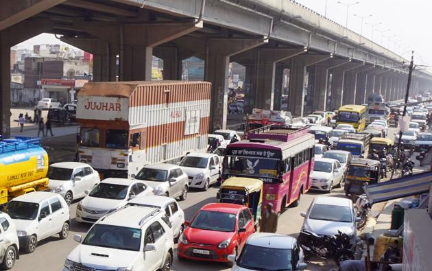 A new diversion before Zirakpur (pictured here) is expected to clear traffic congestion in the city.(HT Photo)