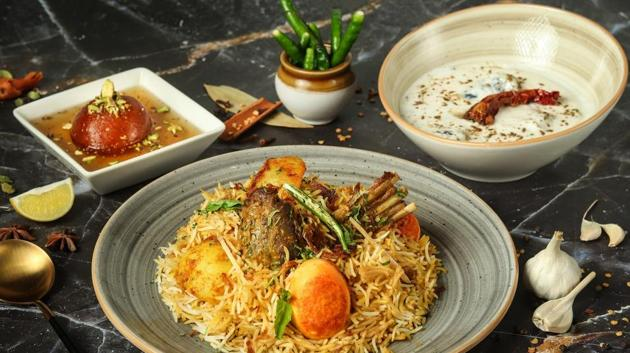 ITC Hotel's first ever Biryani & Pulao takeout collection features Metiabruz Biryani , a rice and mutton combination, cooked in onion and spices with potato and boiled eggs. It derives its name from the historic Metiabruz locality(implying mud tower) near Kolkata