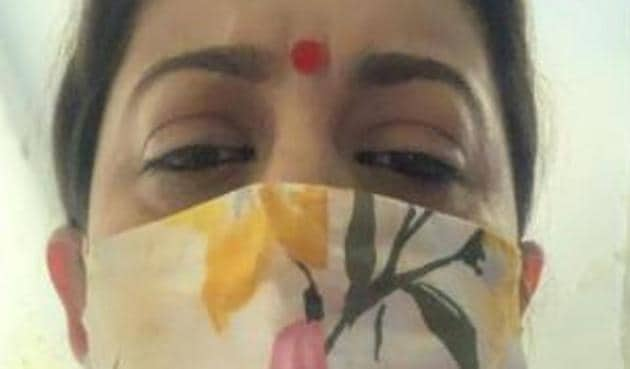 Smriti Irani has been a popular actor for a long time.