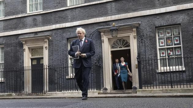 Boris Johnson, U.K. prime minister, arrives for a weekly meeting of cabinet ministers in London, UK.(Bloomberg)
