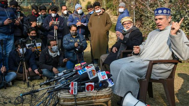 National Conference vice president Omar Abdullah hits out at J&K administration during a press conference in Srinagar on Saturday.(PTI)