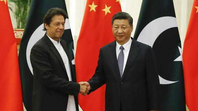 Chinese President Xi Jinping meets Pakistani Prime Minister Imran Khan at the Great Hall of the People, Beijing, 2018(Getty Images)