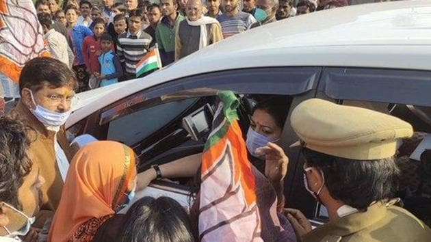 Smriti Irani ended her visit by listening to Prime Minister Narendra Modi's radio programme Mann ki Baat in the Salon assembly segment of Rae Bareli. (Photo @BJP4Amethi)