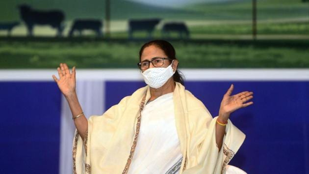 West Bengal CM Mamata Banerjee had locked horns with the Centre over the deputation of three IPS officers.(PTI)
