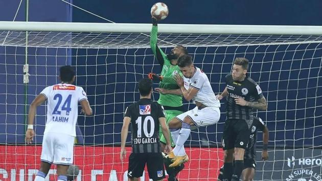 Arindam Bhattacharja and Vishal Kaith displayed great form at either end.(ISL)