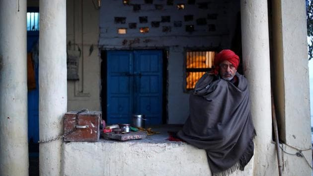 For the last few days, the northwestern part of India has been in the grip of a cold wave or severe cold wave conditions. This situation is likely to continue in the National Capital Region for the next three days.(REUTERS)