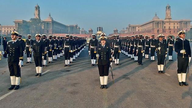 Indian Navy personnel during a rehearsal for the upcoming Republic Day parade.(PTI)