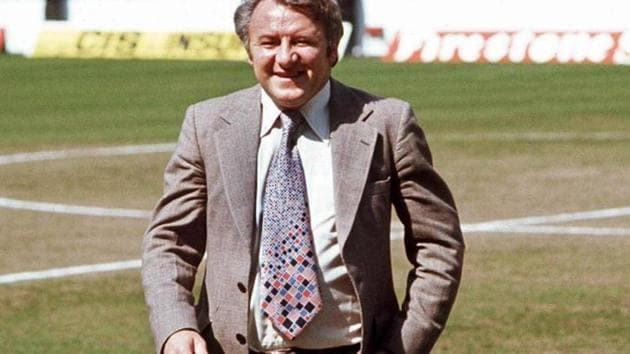 Photo of former Manchester United and Scotland manager Tommy Docherty(Twitter)