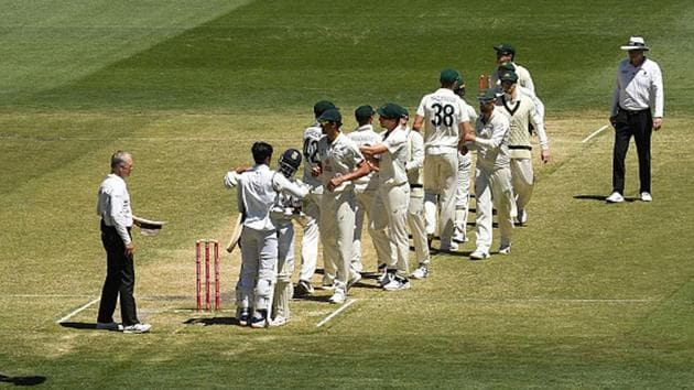 Players of India and Australia react after the end of the second Test.(Getty Images)