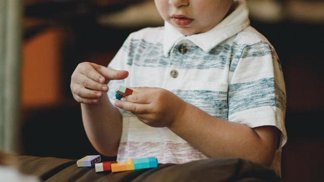 People with certain genetic conditions are likely to have significant symptoms of autism, even if they do not meet all diagnostic criteria, the study concludes.(Unsplash)
