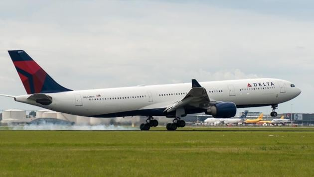 The leader of Delta Air Lines is telling workers that he expects some recovery from the coronavirus travel downturn by the spring.(Unsplash)
