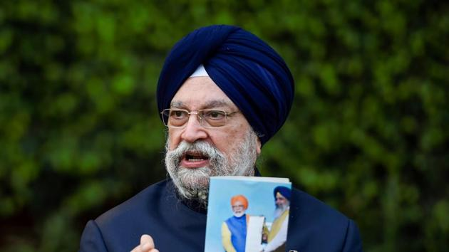 Flights from India to the UK will resume from January 6, minister Hardeep Singh Puri clarified on Saturday.(PTI)