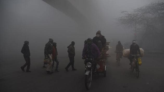 The national capital of Delhi, which recorded the season's lowest temperature of 1.1°C on New Year, also saw very dense fog in Palam with zero visibility till 7am on Saturday after which it improved to approximately 150 metres.(ANI Photo)