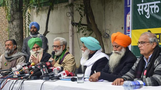 Political activist Yogendra Yadav and farmer leaders outline their future protest strategy against the three farm laws.(PTI Photo)