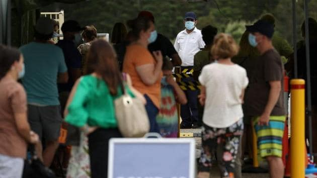 The front of the queue at a coronavirus disease (COVID-19) testing clinic at Mona Vale Hospital is pictured in the wake of a new outbreak in the Northern Beaches area of Sydney, Australia. REUTERS/Loren Elliott/Files
